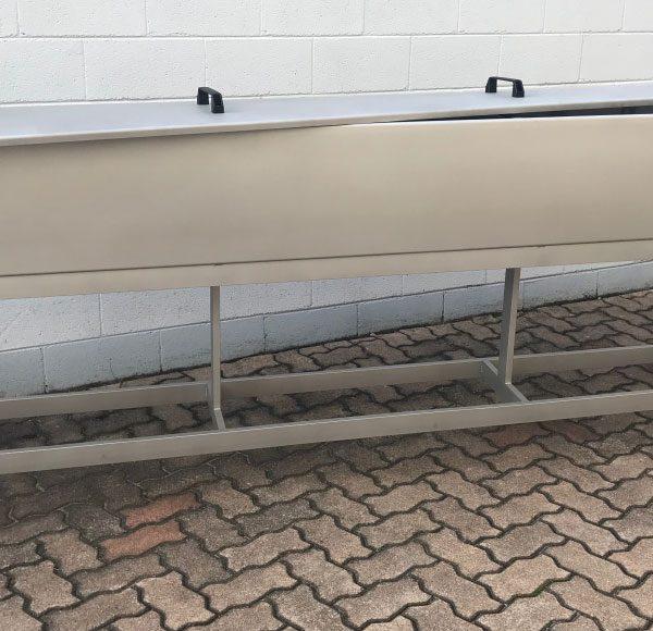 carrello con vasca, coperchio e rubinetto
